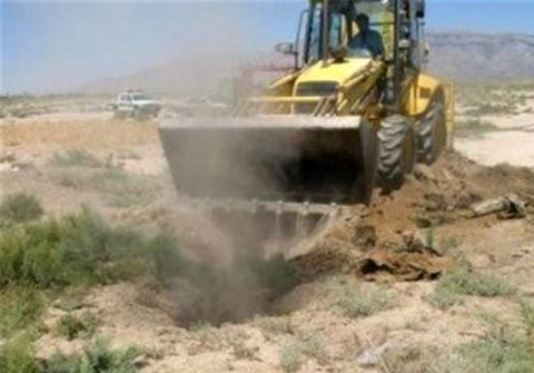 پر و مسدود نمودن 22 حلقه چاه غیرمجاز در شهرستان